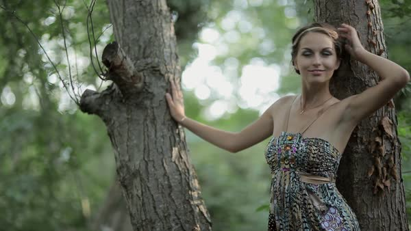 She walks around naked in the woods - YouTube