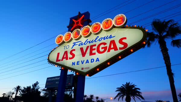 Hand-held shot of Welcome to Fabulous Las Vegas sign Royalty-free stock video