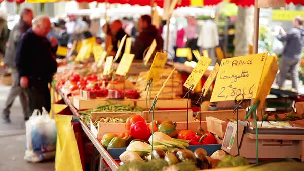 Fresh produce in outdoor farmer's market Royalty-free stock video