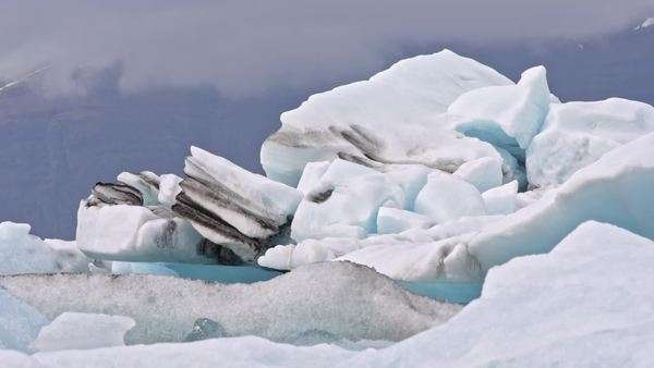 Icebergs in Arctic Ocean Royalty-free stock video