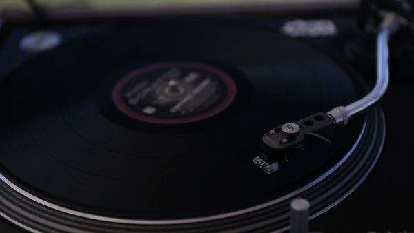 Handheld shot of a vinyl record player Royalty-free stock video