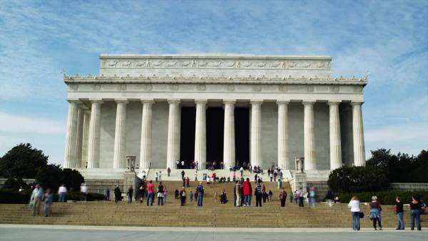 T/L Wide shot of people in front of Abraham Lincoln Memorial, Washington D.C Royalty-free stock video
