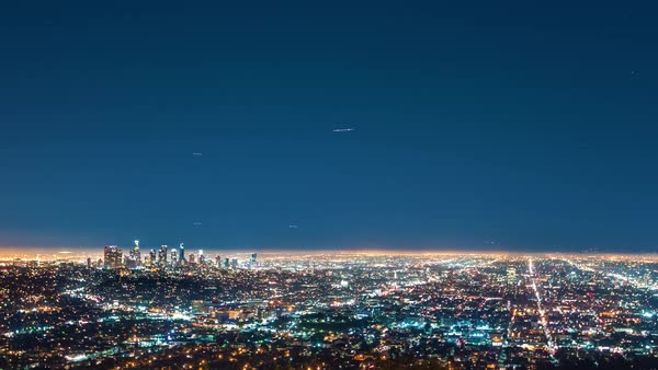 Timelapse of the vast grid of Los Angeles at night from above Royalty-free stock video