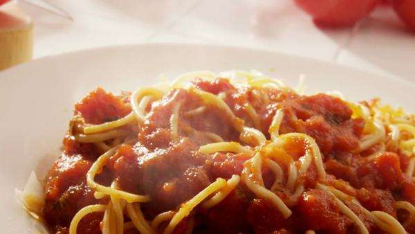 Eating plate of spaghetti Royalty-free stock video