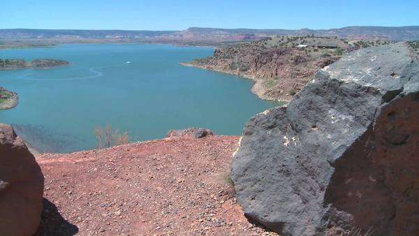 Dolly shot of a lake in the desert Southwest. Royalty-free stock video