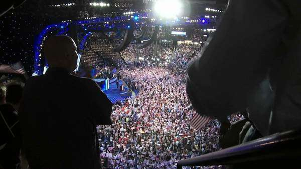 A standing ovation for former President Bill Clinton as he delivers a pro Barack Obama speech at the 2008 Democratic National Convention in Denver, Colorado. Royalty-free stock video
