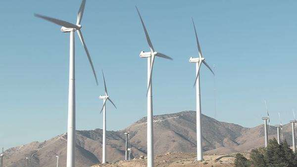 Windmills are turned by the wind in Tehachapi California. Royalty-free stock video