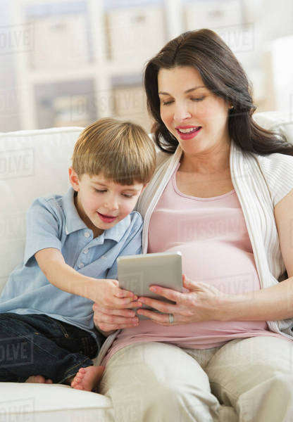 Mother and son (4-5) using tablet pc Royalty-free stock photo