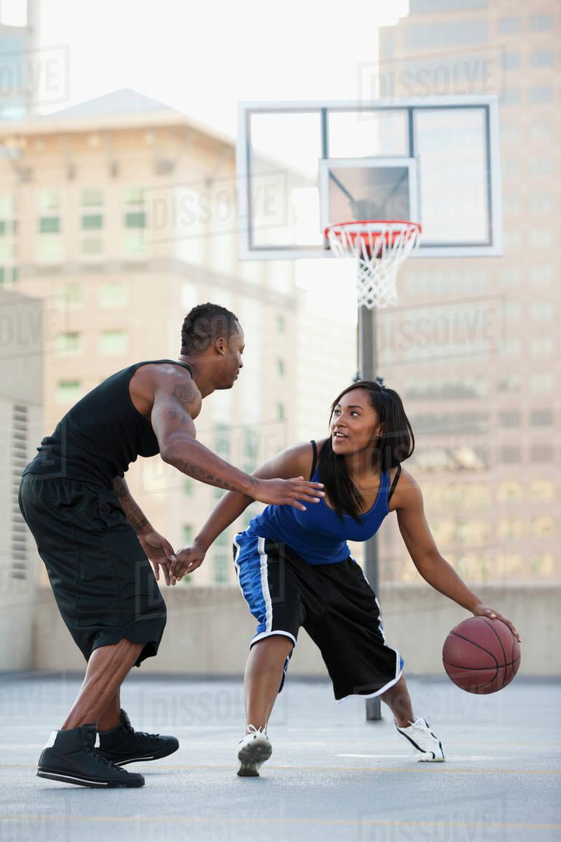 women playing basketball toplist