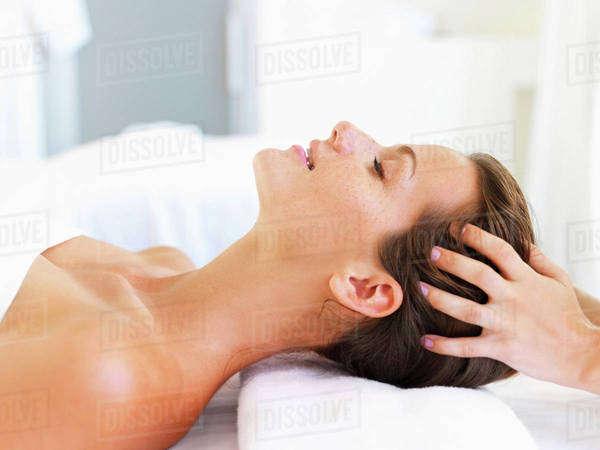 Woman relaxing in spa Royalty-free stock photo