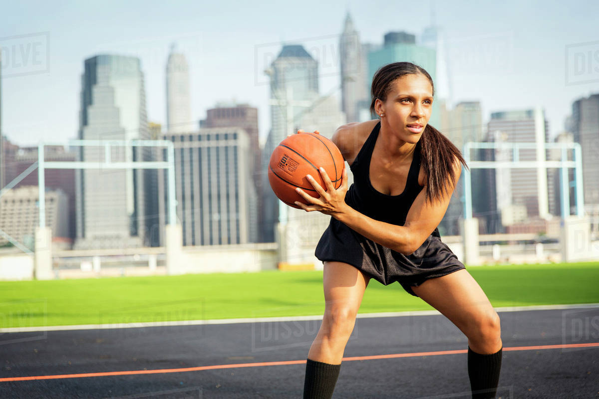 Young female basketball player Royalty-free stock photo
