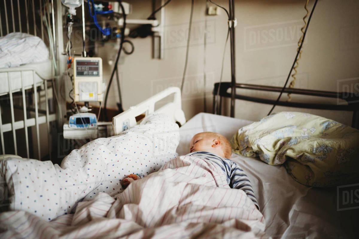 Baby at the hospital sick with a virus coronavirus covid19 Royalty-free stock photo