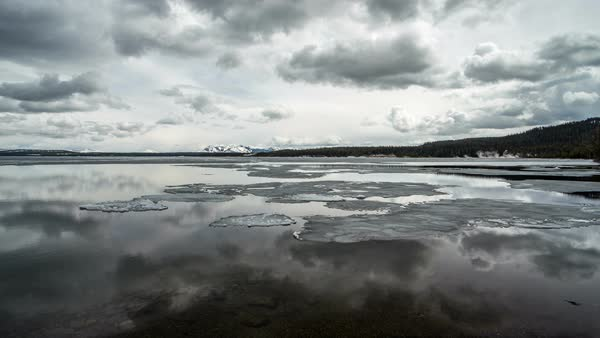 Timelapse of ice moving on Yellowstone Lake in Spring as temperatures rise Royalty-free stock video