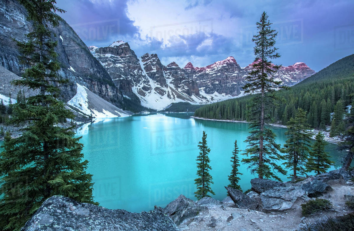 Majestic Scenery Of Moraine Lake In Banff National Park Alberta D1129 13 038