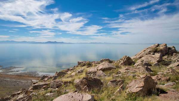 Motion timelapse overlooks the Great Salt Lake from Antelope Island, Utah. Royalty-free stock video