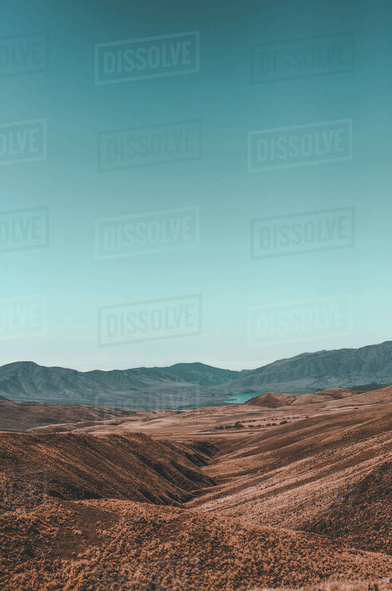 Vertical shot of a valley with mountains. Royalty-free stock photo