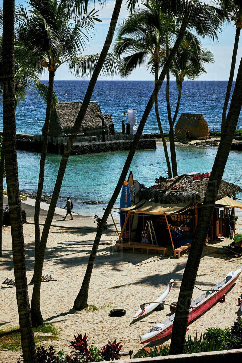 The balcony view from the King Kamehameha hotel in Kona, Hawaii Royalty-free stock photo