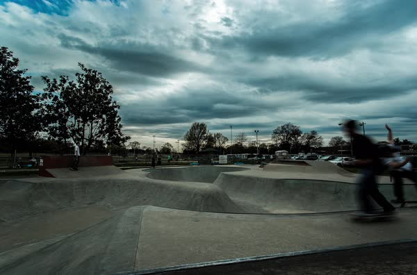 Timelapse of a skatepark in Memphis Royalty-free stock video