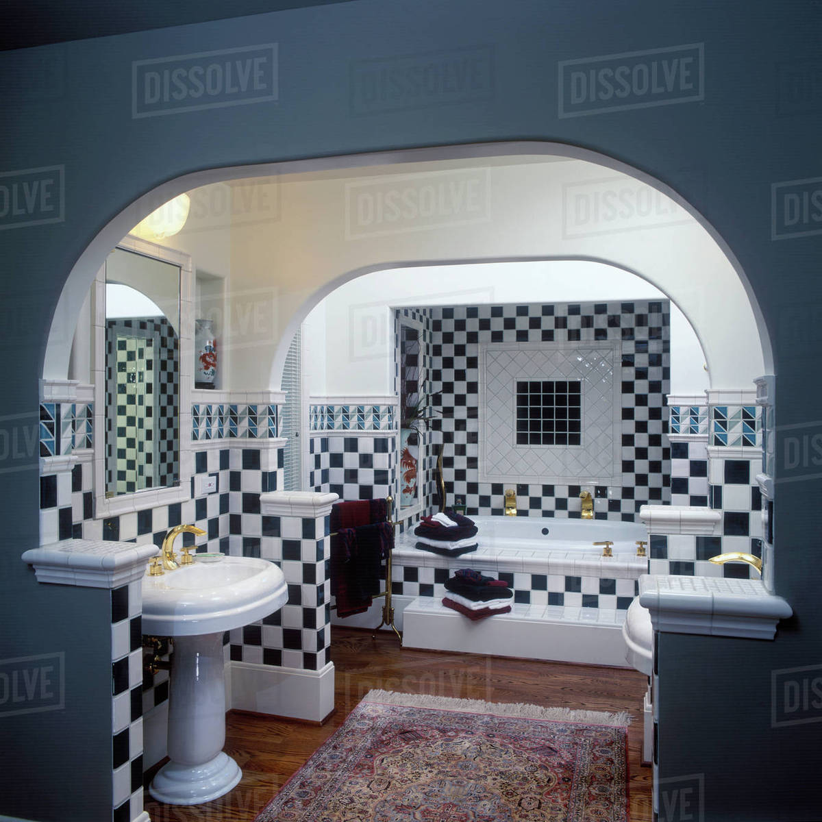 Contemporary Dark Green And White Checkerboard Pattern Ceramic