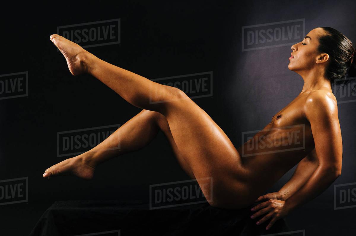 Muscular women legs naked pics 540