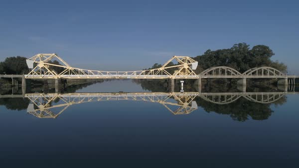 Scenic view of Cantilever Bridge over Sacramento River Royalty-free stock video
