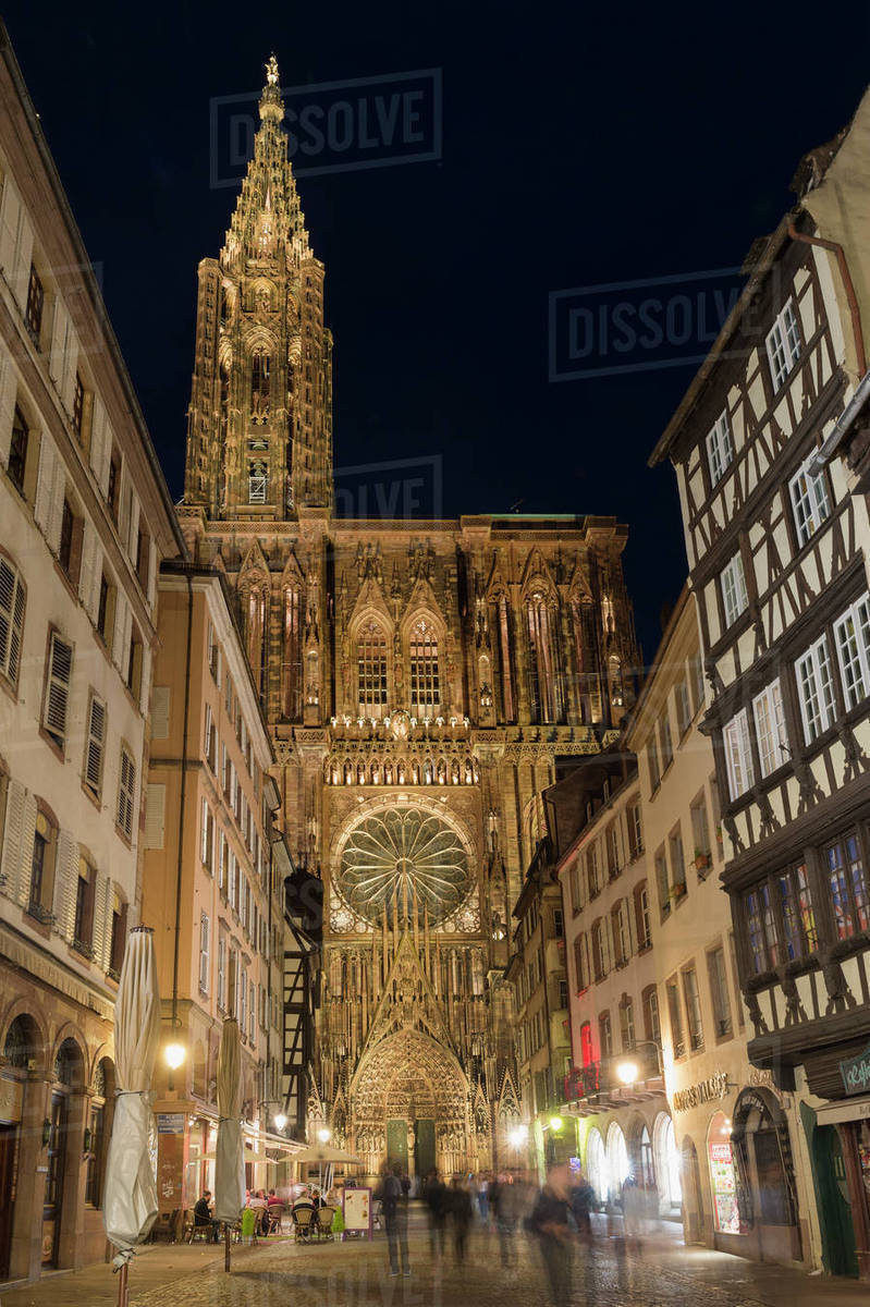 Architecte Bas Rhin cathedral notre-dame at night, strasbourg, alsace, bas-rhin department,  france, europe d246_52_334