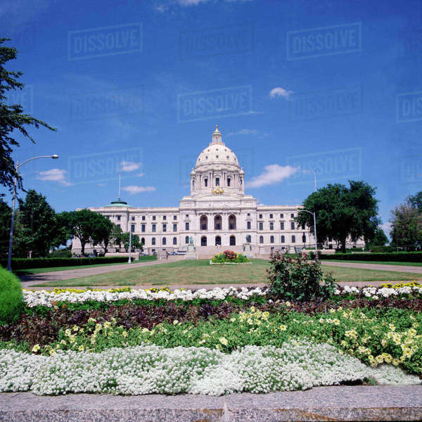 Minnesota State Capitol Building in St. Paul, Minnesota, from front lawn. Royalty-free stock photo