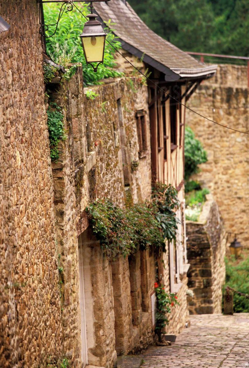 Architecte Cotes D Armor eu, france, brittany, cotes d'armor, dinan. old city building details  d256_49_870