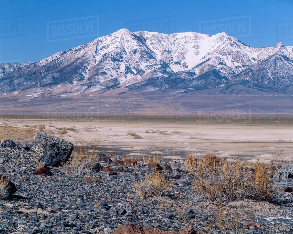 Utah Usa Nevada S Pilot Peak Rises Above Playa In Utah Great Salt
