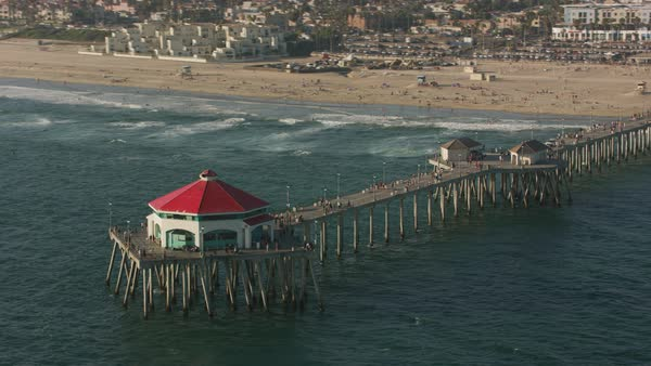 Aerial shot of the Huntington Beach Pier.   Royalty-free stock video