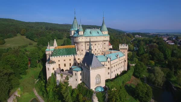 A beautiful aerial establishing view of the romantic Bojnice Castle in Slovakia. Royalty-free stock video