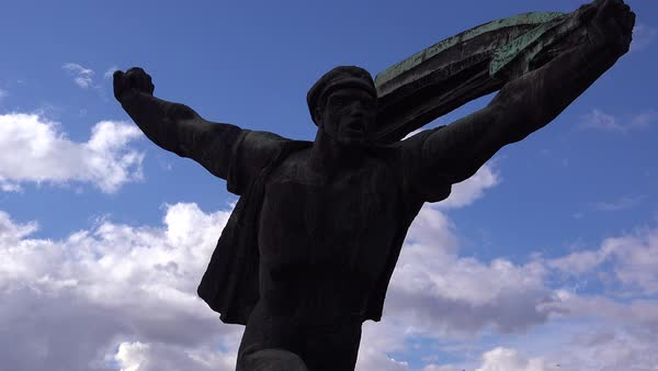 Time lapse of old Soviet era statues rust in Memento Park outside Budapest, Hungary. Royalty-free stock video