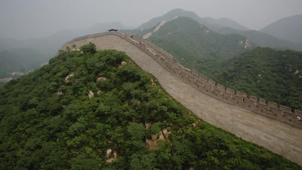 Aerial shot of Great Wall of China with tourists Royalty-free stock video
