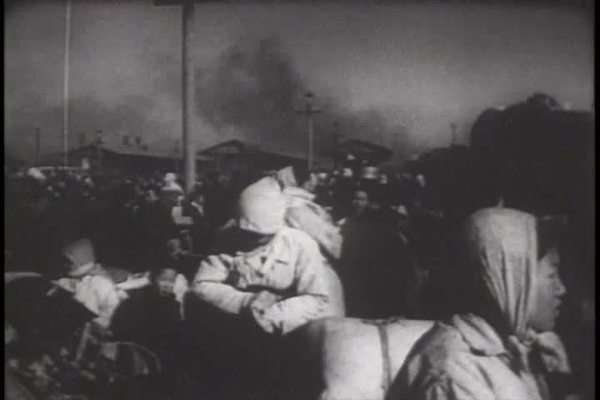 A film about the Korean War - footage of Korean civilians evacuating Inchon Royalty-free stock video