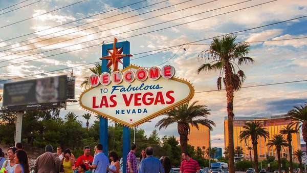 LAS VEGAS, NEVADA - JULY 10, 2014. Spectacular hyperlapse (timelapse in motion) video of people taking photographs in front of the Welcome to Las Vegas sign. Royalty-free stock video