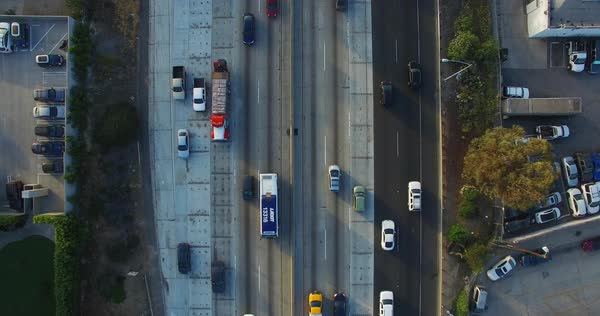 Wide shot of morning traffic in Los Angeles Royalty-free stock video