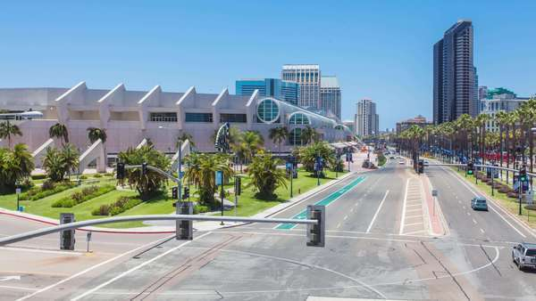 Hyperlapse of traffic near San Diego Convention Center Royalty-free stock video