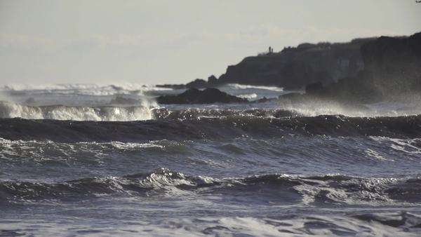 Large waves break in slow motion Royalty-free stock video