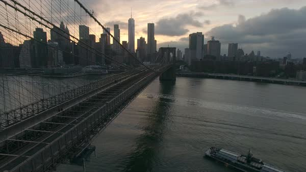 Close up of Brooklyn bridge aerial view Royalty-free stock video