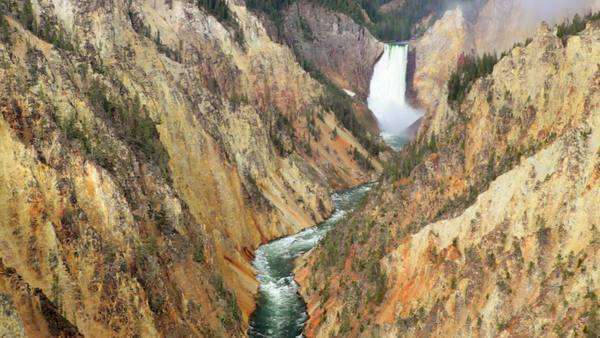 Grand Canyon of the Yellowstone, Artists Point. Waterfall with high quality audio included. Royalty-free stock video