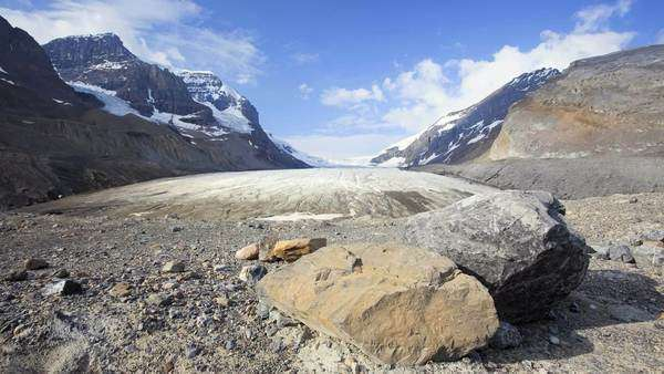 Columbia Icefield, Canada, Athabasca Glacier, timelapse Royalty-free stock video