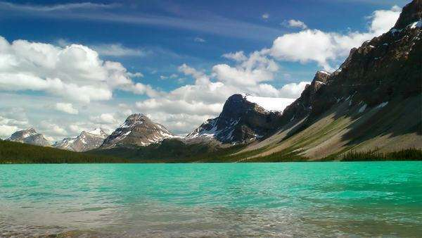 Bow Lake in the Canadian Rockies, Banff National Park Royalty-free stock video