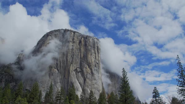 Stunning view of clouds blowing around El Capitan Royalty-free stock video