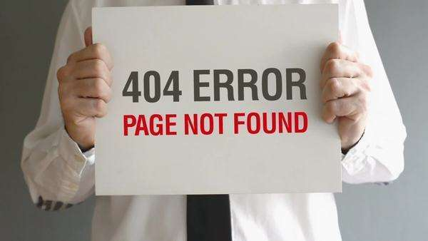 404 Error - Page not found internet concept. Businessman holding paper with quoted title. Royalty-free stock video
