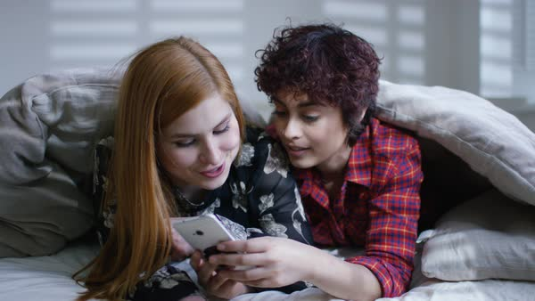 Free lesbian porn for mobile phone