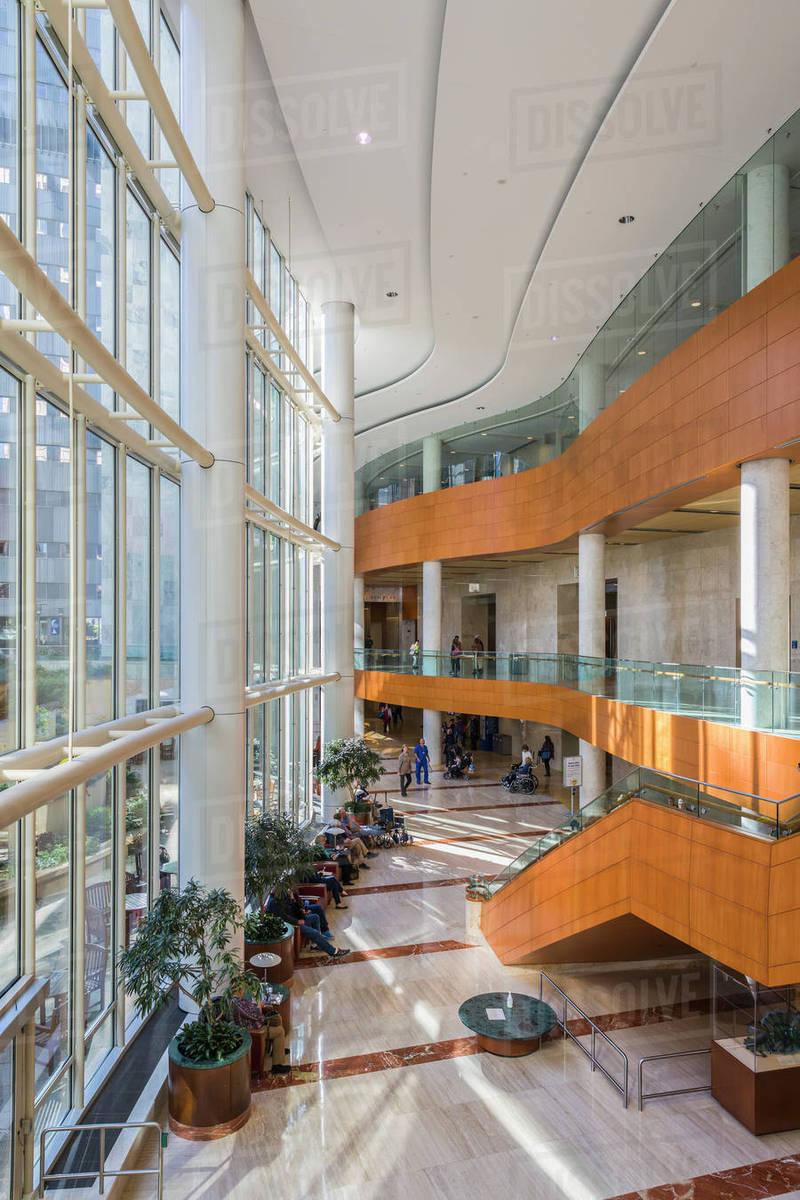 Lobby of Gonda Building at Mayo Clinic