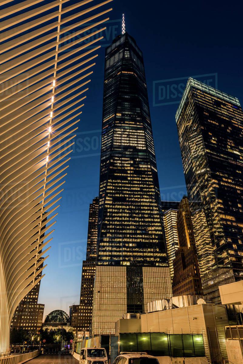 bab24109f353 World Trade Center Near The Oculus  New York City