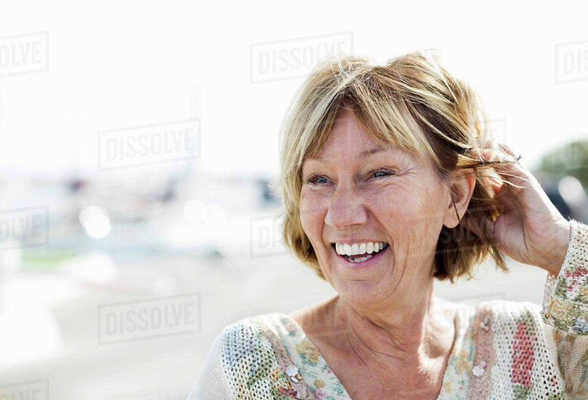 Granny facial video clip samples-1506