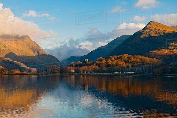 Llyn Padarn lake and mountains in autumn, Snowdonia, North Wales Royalty-free stock photo
